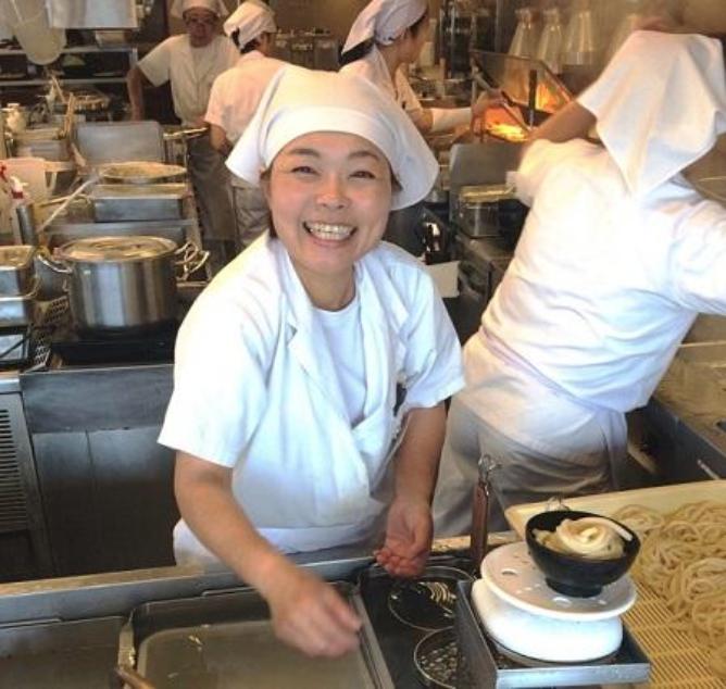 丸亀製麺 仕事内容 洗い物
